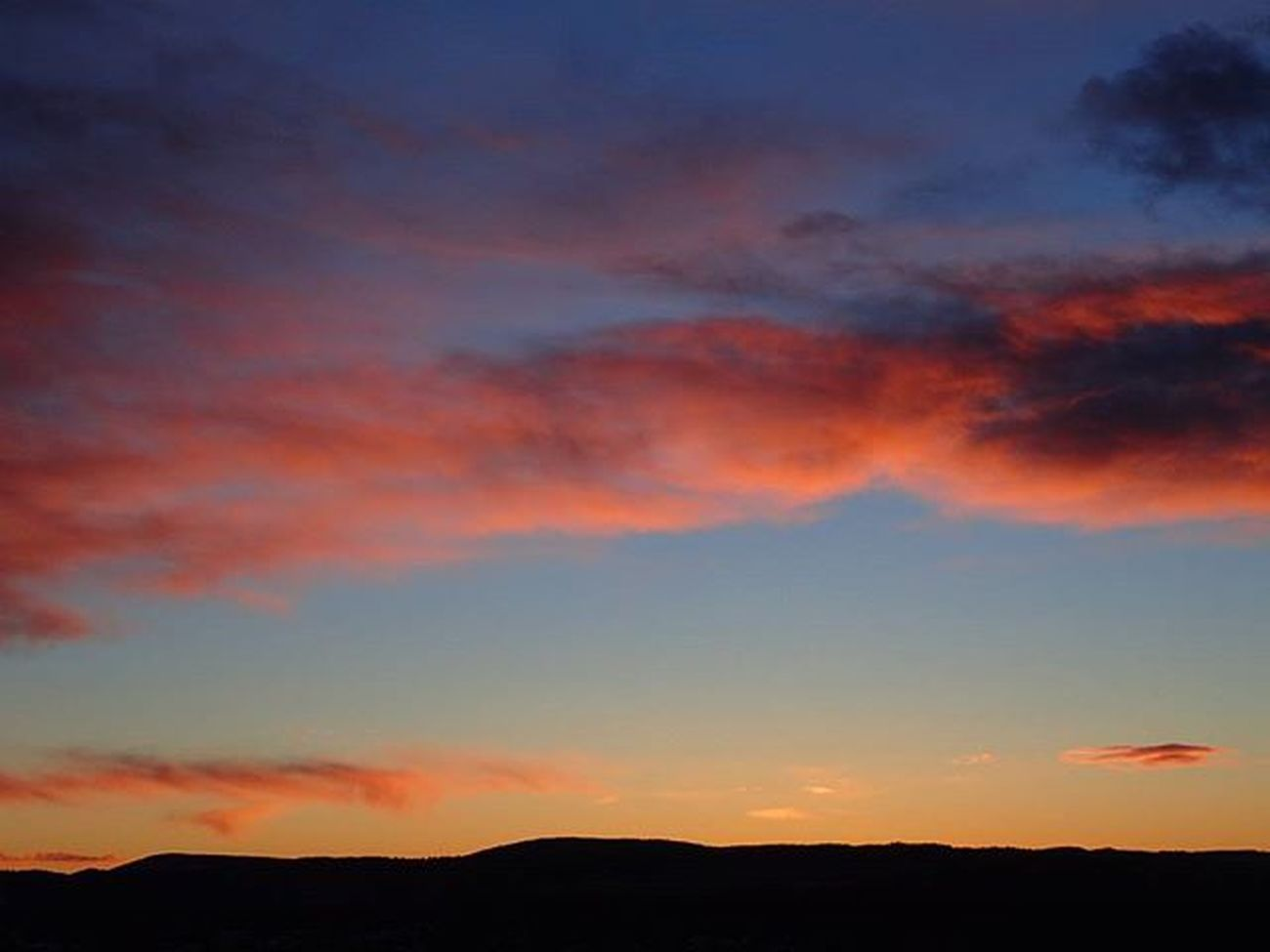 🌞🌞🌞🌅eveRy daY diffeRenT suNriSe🌅🌞🌞🌞 Kongsberg Buskerud Wu_norway Mittnorge Norsknatur Igscandinavia Loves_scandinavia Loves_nature Loves_norway Ic_skies Ig_sunrisesunset Sunrise_sunsets_aroundworld Bloodysky Skylovers Skyporn Ilovesunrises Cloudporn RedSky Mylifemyadventure Lifeisgood Earlymorning  ILoveMornings Damgooddays Spectacular Ig_neverstopexploring ilovenorway visitnorway