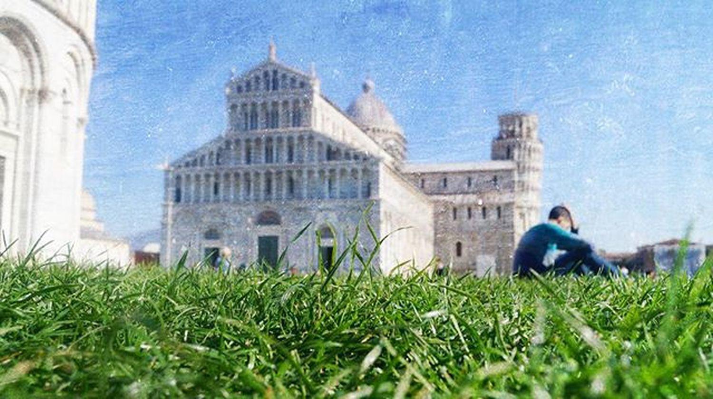 DuomodiPisa Piazzadeimiracoli Likeapainting Likeapro Echeè Grass Style TorreDiPisa Towerofpisa Nature Naturelovers Drawing Photographer Picoftheday Photooftheday Particular Pisa Tuscany Italy Tuscanybuzz