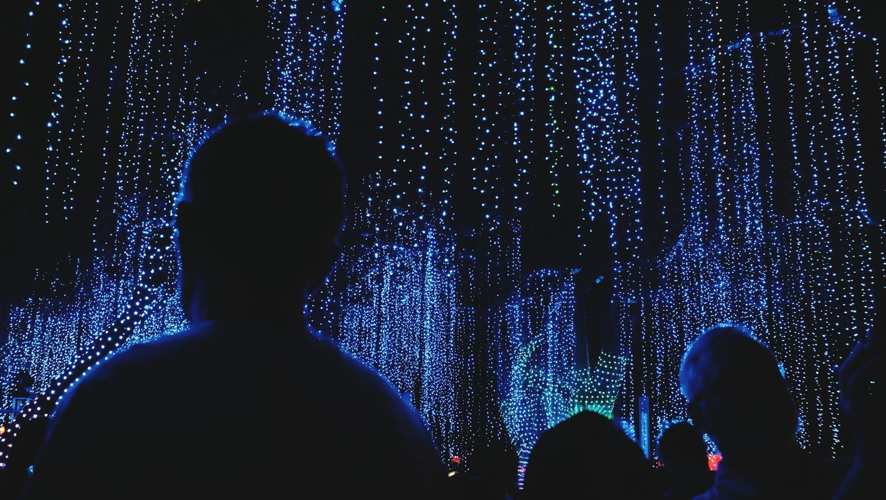 Light One Person Adults Only Technology Silhouette Only Men Adult Men Indoors  Illuminated People Cyberspace Young Adult One Man Only Night Christmas Ayala Philippines Ayalatriangle Silhouette Performance Festival Of Lights Nightlife Event Popular Music Concert