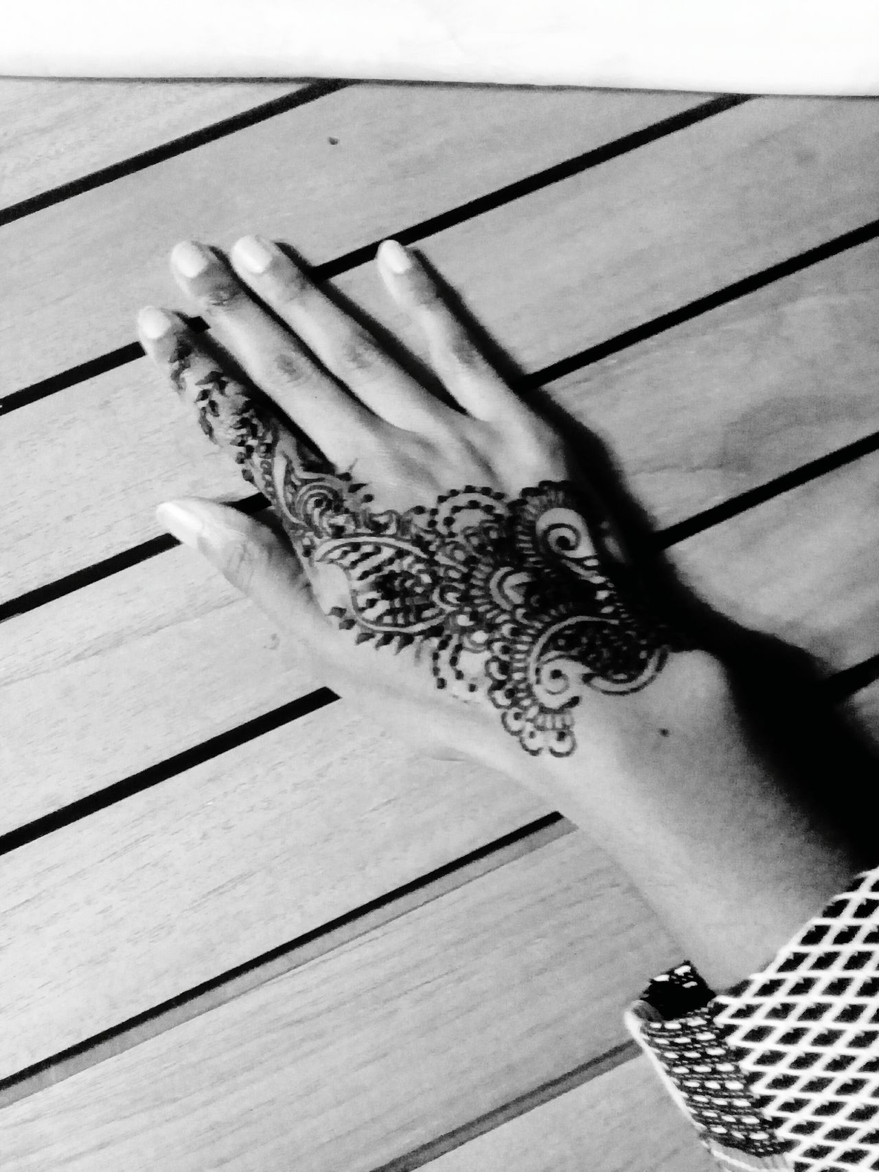 Indoors  Mehendi Art Art Artphotography Picoftheday Beauty Relaxing Draw
