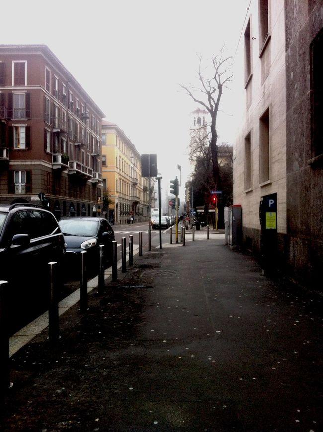 Milano Discover Your City Moscova Street Lazy Sunday Italiano Style buon pomeriggio ®????✋