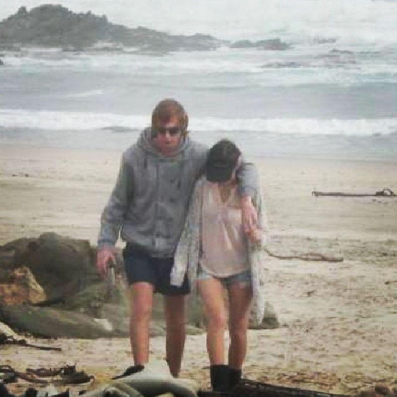 Taking a walk on the beach with thé most best boyfriend ever <3 Iloveyou ILY Mine Best  couple smile cute sweet adorable beach walking boyfriend girlfriend love inlove infinity