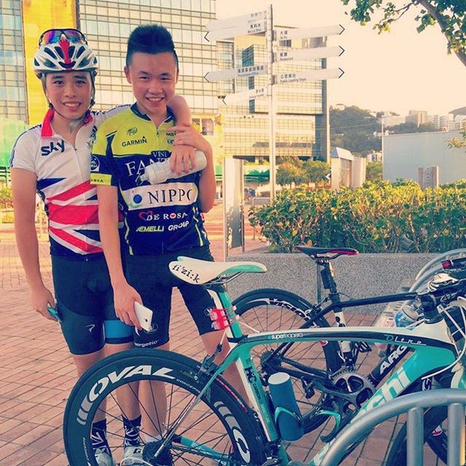 When an Amateur meets a Pro 😹😂 Tourdehongkong Cycling Roadbike
