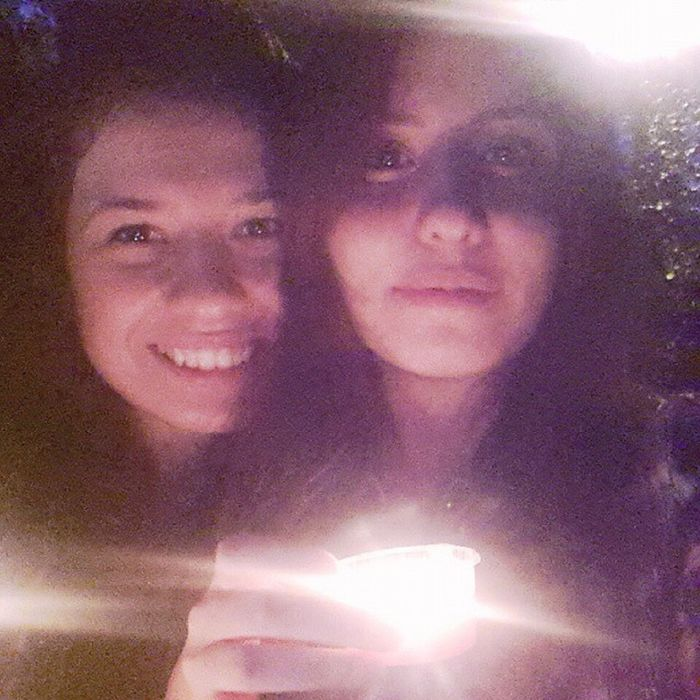 Mum ışığı ile Dogum Gunu kutlaması happy