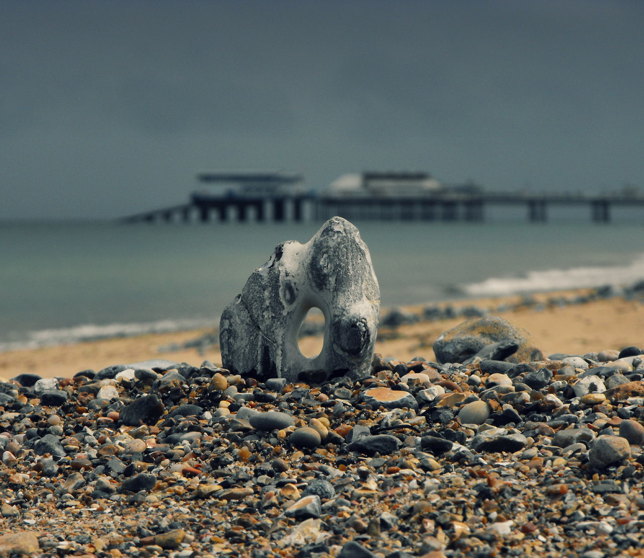 Norfolk Flint ... Beach Pier Tiny Totem