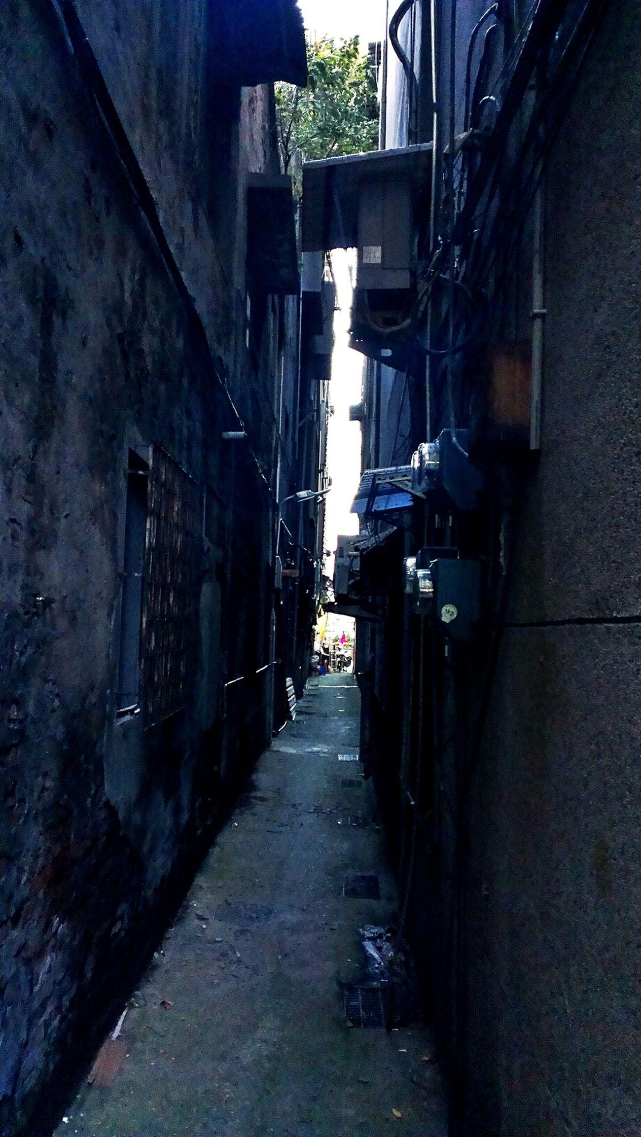 Urbex Backstreets & Alleyways Verticalporn Beautymess