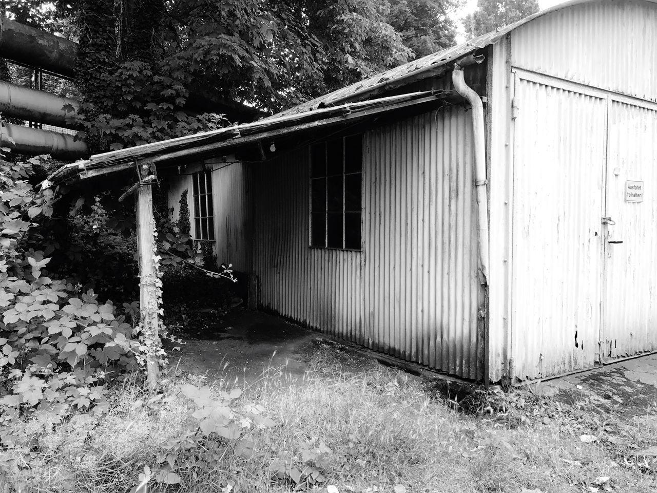 Built Structure Old Garage Old Buildings Blackandwhite Black & White
