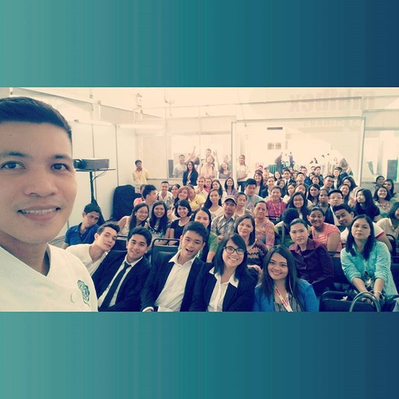 Thank you everyone for attending the Seminar on Food Styling and Photography Oscarselfie 📷 🍴 . . . MAFBEX YHE 9thMAFBEX 43rdYHE foodstyling foodphotography themanansala