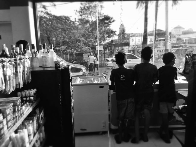 The Rule Of Thirds The Human Condition We Are Family Eye4photography  Eyeem Philippines Enjoying Life Light And Shadow Blackandwhite Shadowplay Better Together Streetphotography Open Your Eyes Looking Into The Future