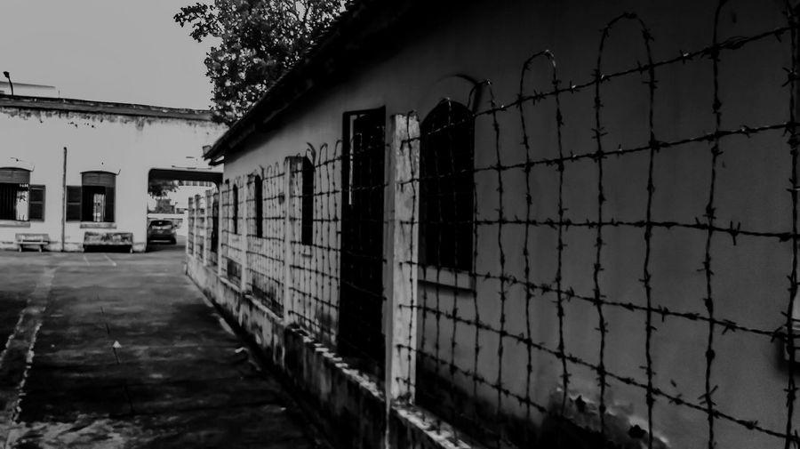 Black & White Quiet Mobile Photography