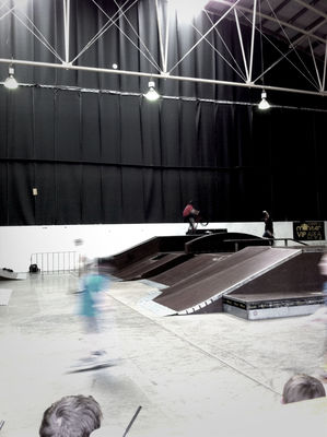 streetphotography at monster skate sydney by Jimbot