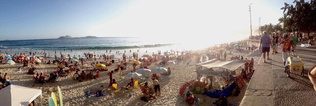 Real People Real Life Beachphotography The City Light Sand Happy People O Rio De Janeiro Continua Lindo 🎶 Ipanema Beach Rio De Janeiro Eyeem Fotos Collection⛵ Beach Day