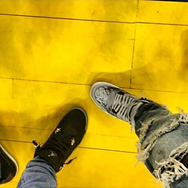 Hi! Hello World Relaxing تصميمي_me Ksa😍 الرياض اليل مساء_الخير السعودية السعوديه تصميم Saudi Arabia Riyadh Riyadh City Saudiarabia صباح_الخير جدة Photography Photo ........¤↑↓♧♣★☆→←↓↑◀▶▼▲ SWAG ♥ ...☮💟... That's Me Shoes ......eyeem Still Life