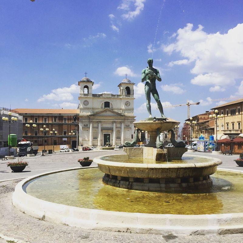 Discovering Italy Walking Around Exploring Lookals Italy Traveling Enjoying Life Tourism Art