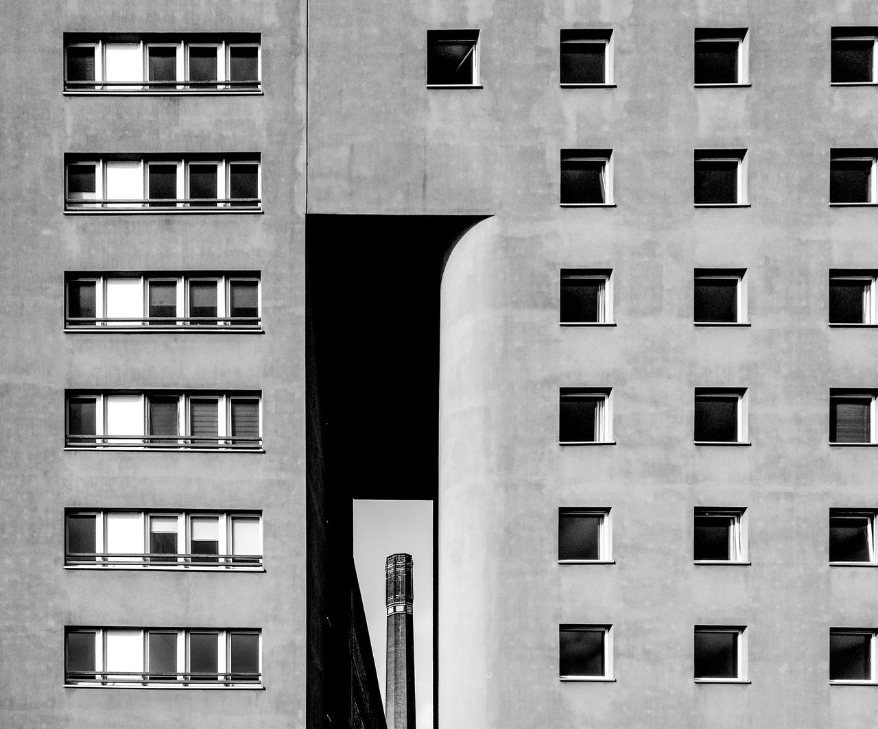 Viewthru Architectural Detail Architecture Architecture_bw Architecture_collection Balck And White Photography Berlin Berlin Black & White Berlin Monochrome Berlin Photography Berlin Schwarzweiss Black And White Berlin Building Exterior Built Structure Façade Huawei Monochrome HuaweiP9 Huaweiphotography Monochrome Monochrome Berlin Schwarzweiß