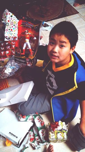 Meng with my present! <3