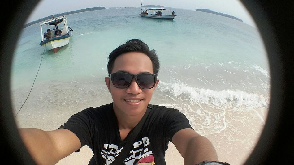 The first ! I were going to Harapan Island in Indonesia . Do you wanna go out there ? You can get it in Indonesia. Relaxing Enjoying Life Hello World That's Me Taking Photos