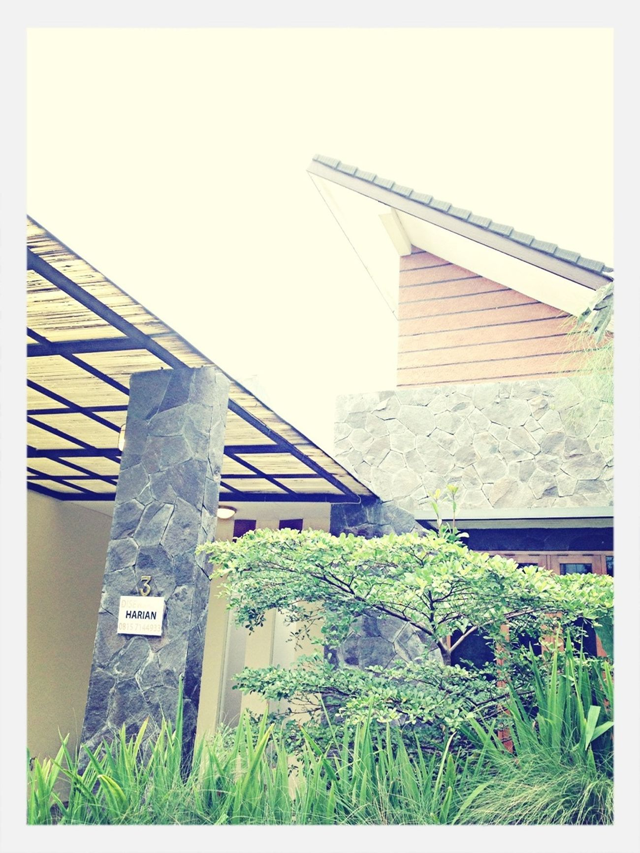 Rent House Jheffryswid Design