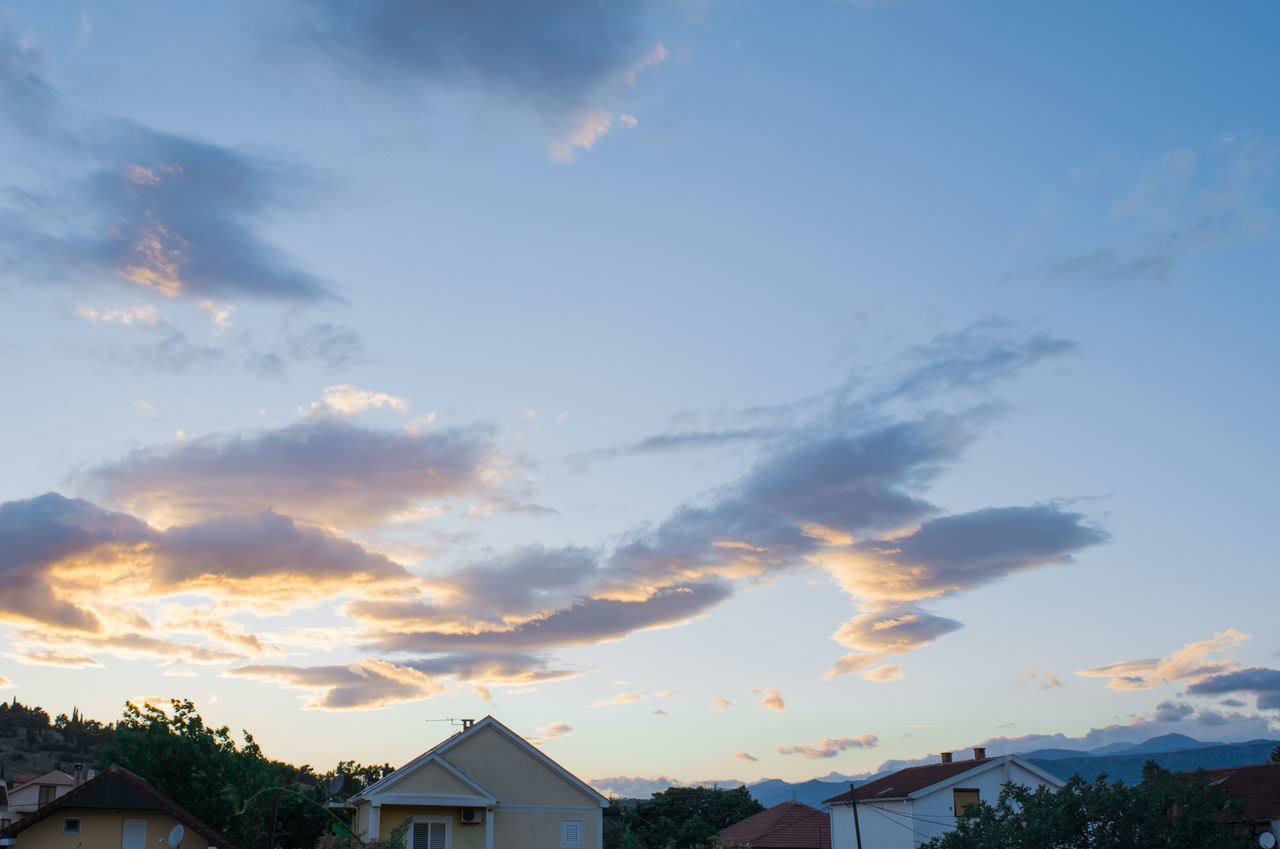 sky, built structure, house, cloud - sky, architecture, building exterior, no people, beauty in nature, sunset, nature, outdoors, roof, scenics, residential building, tree, day