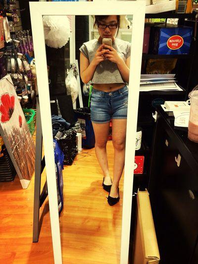 nice mirror … make me fat hahahaha ?????