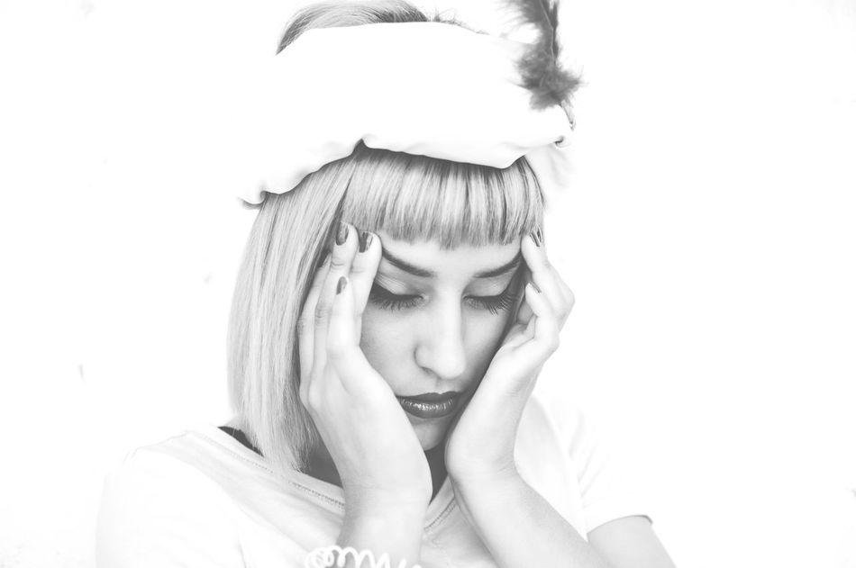 Beautiful stock photos of make-up, Bangs, Beautiful Woman, Blond Hair, Caucasian Ethnicity