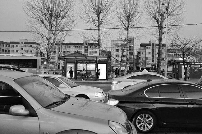 Photography Blackandwhite Seoul Korea Ontheroad Fujifilm 35mm Street 오늘 하루 길 퇴근길