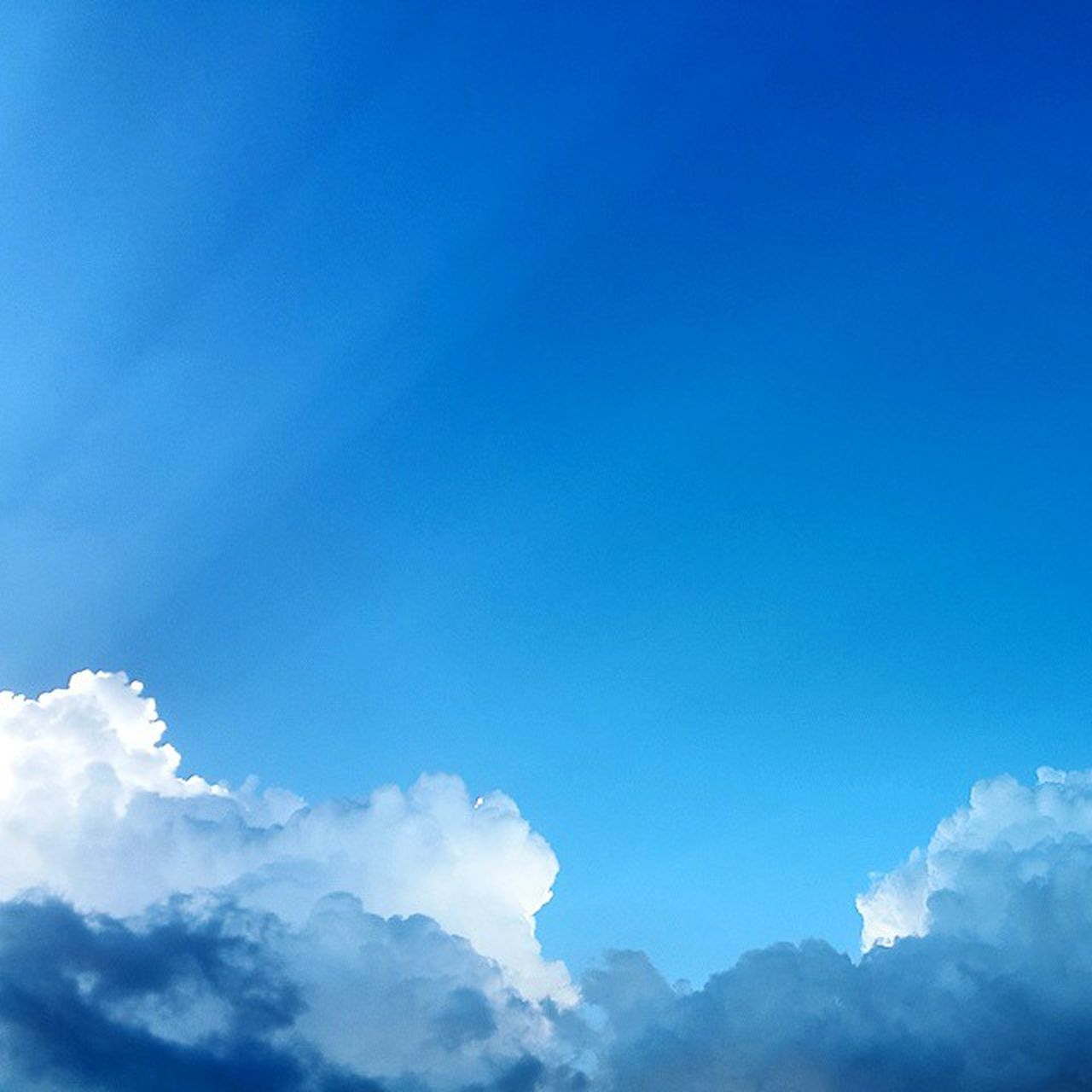 blue, nature, cloud - sky, tranquility, beauty in nature, sky, sky only, no people, day, low angle view, outdoors, scenics, backgrounds