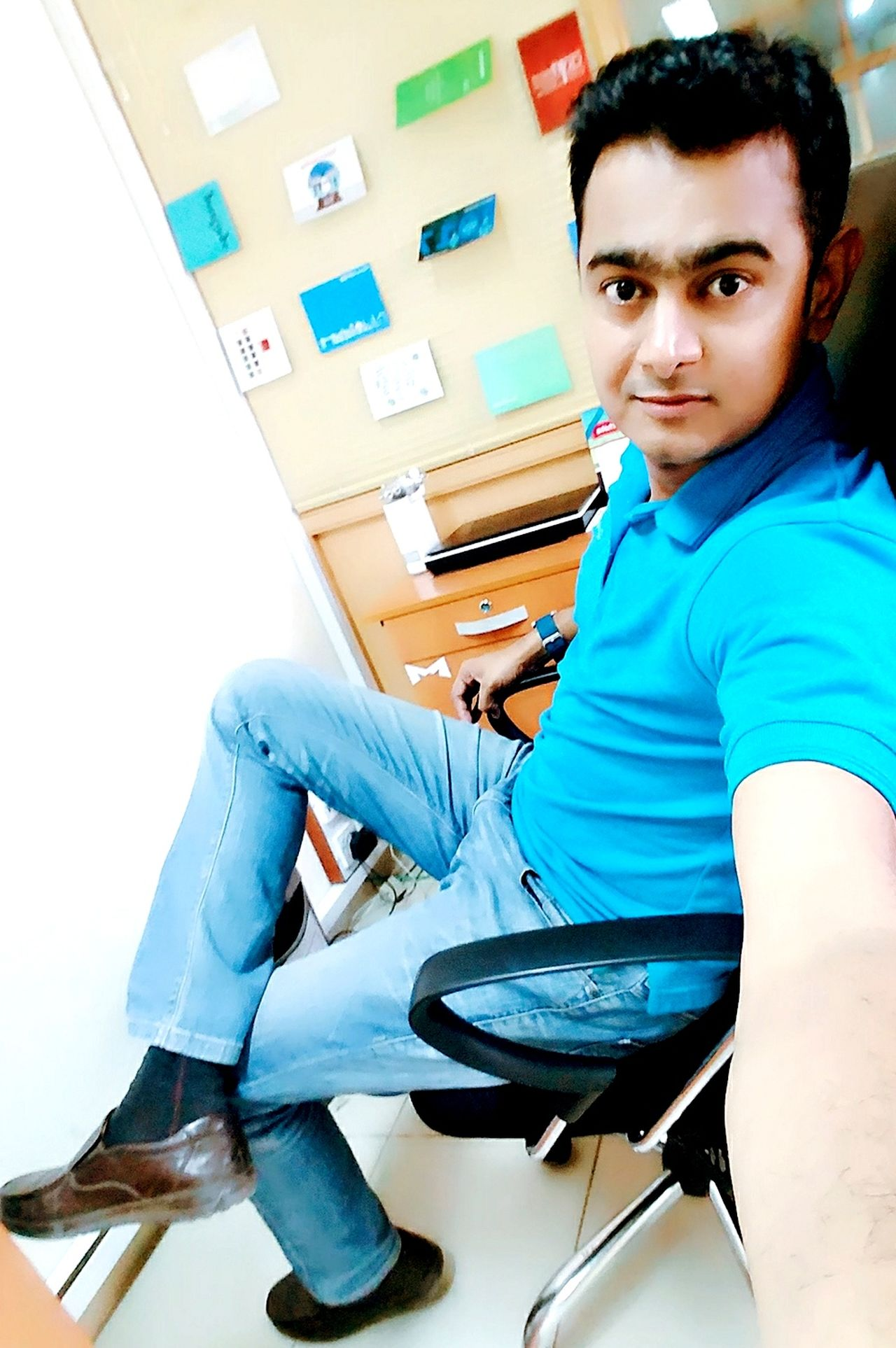 Casual Clothing One Person Young Adult Men Today's Hot Look That's Me HERO ThatsMe Well-dressed Hello World Cool Karachi Man Its Me Lifestyles Check This Out Pakistan Hi Adult Looking At Camera Style MFR Rathod Mfrbphotography Black Hair