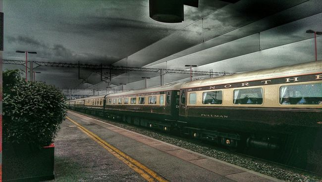 Trains Old Trains Carrage Railway Station HDRInfection Hdr Collections Htc One M8 Passing Through