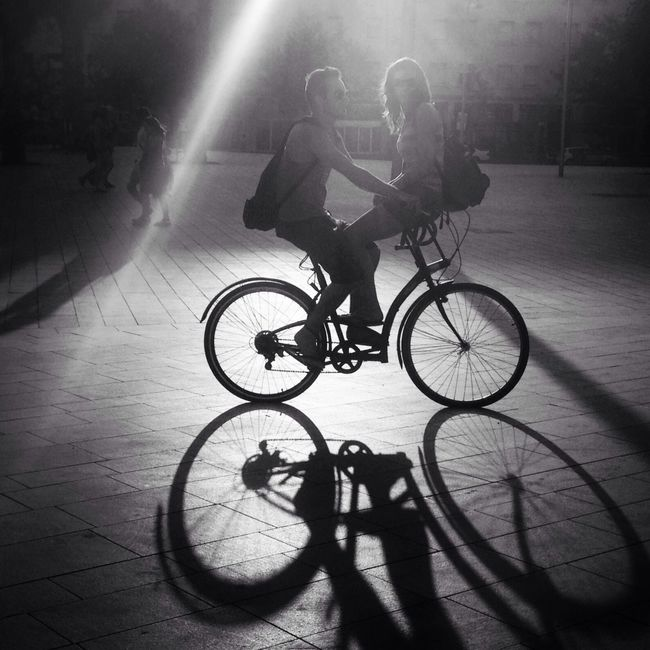 Ridin togetha Black And White Light Bike