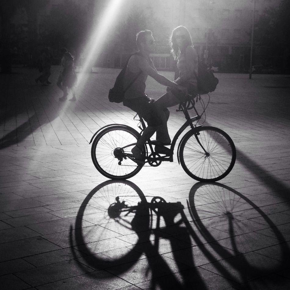 Ridin togetha Black And White Light Bike