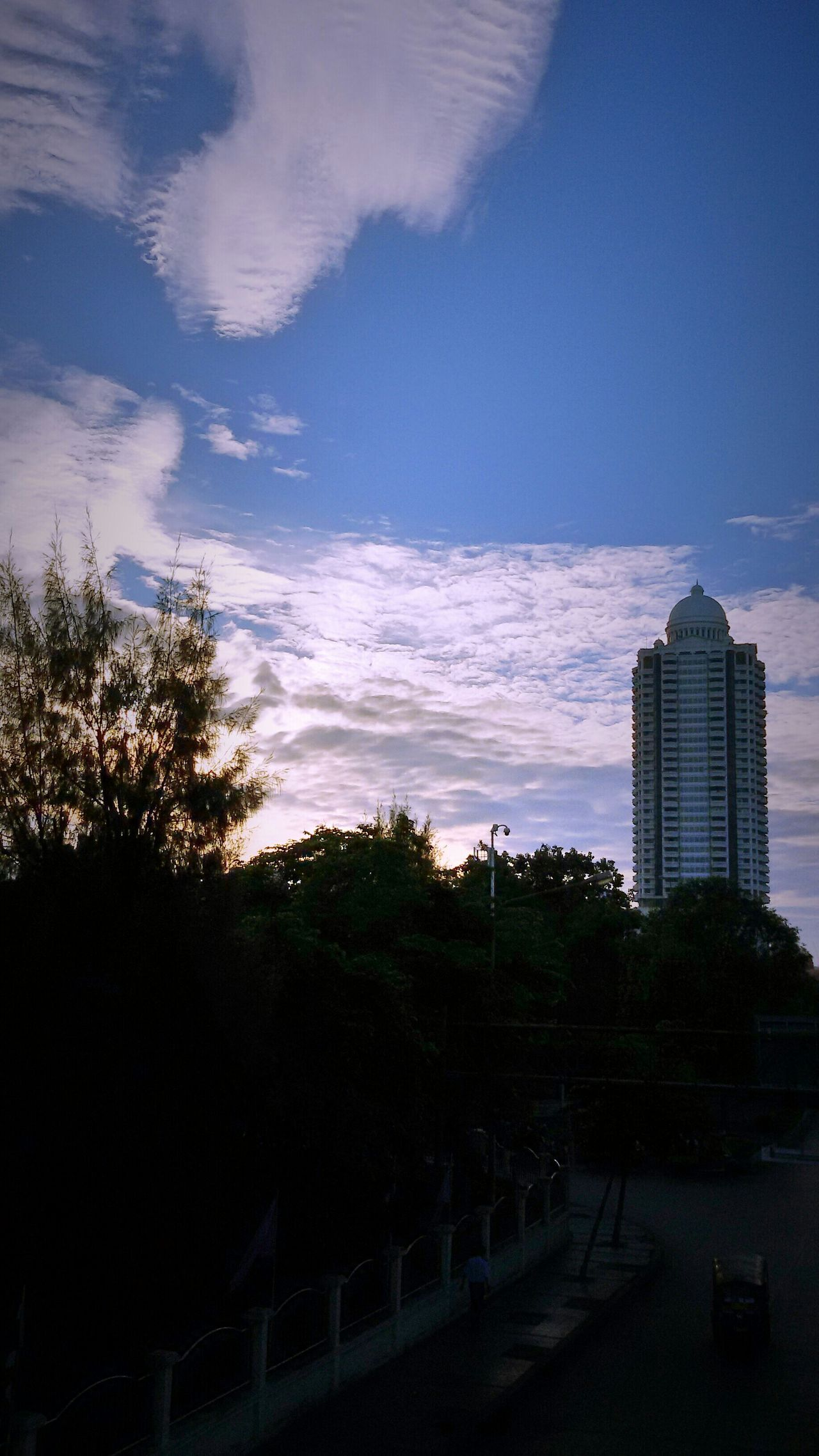 Nice Sky , clound&sky cloundporn Hanging Out Open Edit. Eyeem Gallery Taking Photos.