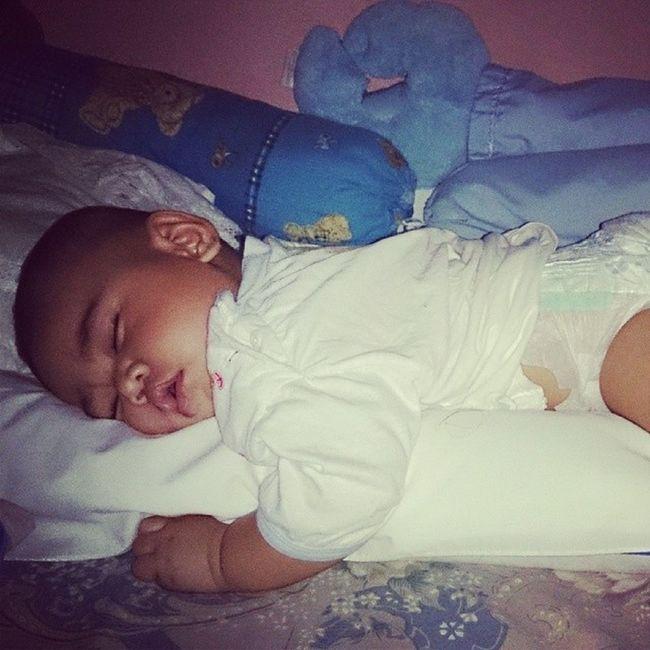 Baby jj lg mimpi ndah Baby Bayi . Lucu Imut gemesin cute