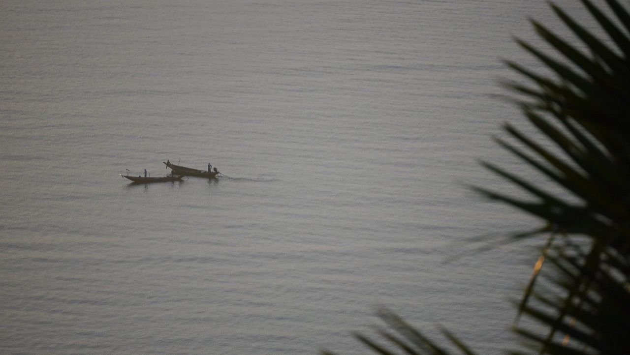 water, transportation, nautical vessel, sea, nature, no people, day, outdoors, rowing