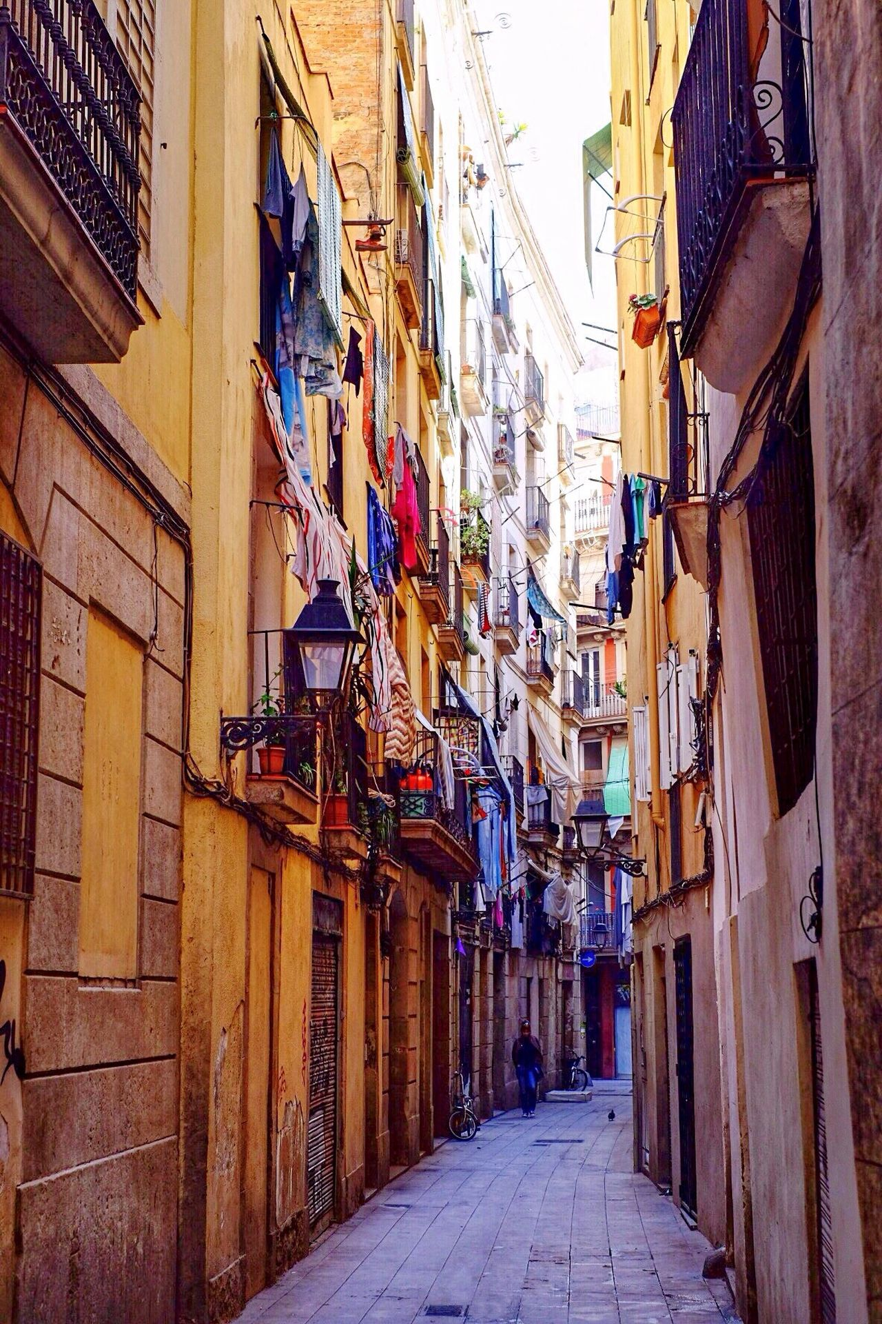 Building Exterior Architecture Built Structure Alley Travel Destinations Narrow El Born Hanging City Outdoors Balcony Laundry Day Sky Barcelona