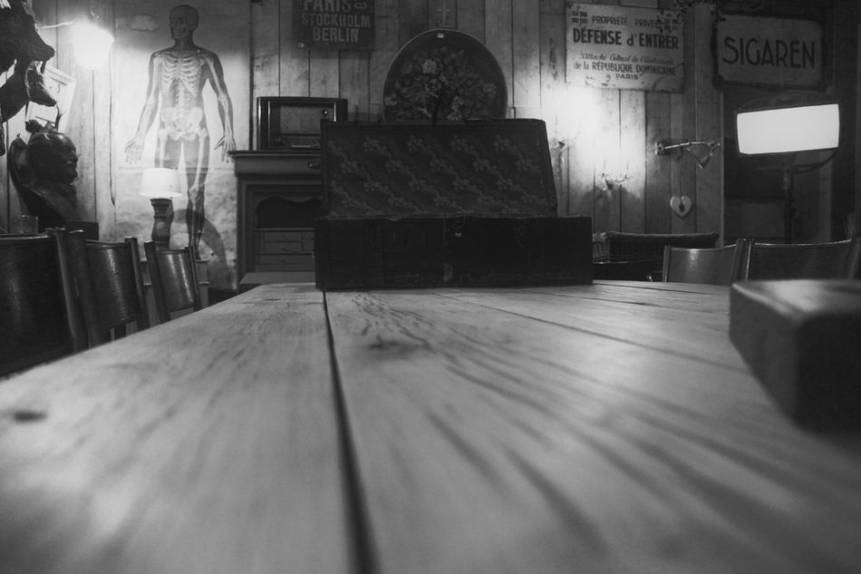 Indoors  No People Table Day Blackandwhitephotography EyeEmNewHere Break The Mold Homesweethome Home Interior Vintage Style Wood - Material City Urbanlifestyle Indoors  Table Top