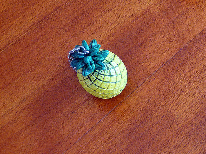 Nipper Pineapple YELLOW Pineapple Yellow And Green Ananas Chrome Close-up High Angle View No People Pince Plier Yellow Color สัปปะรด 菠萝
