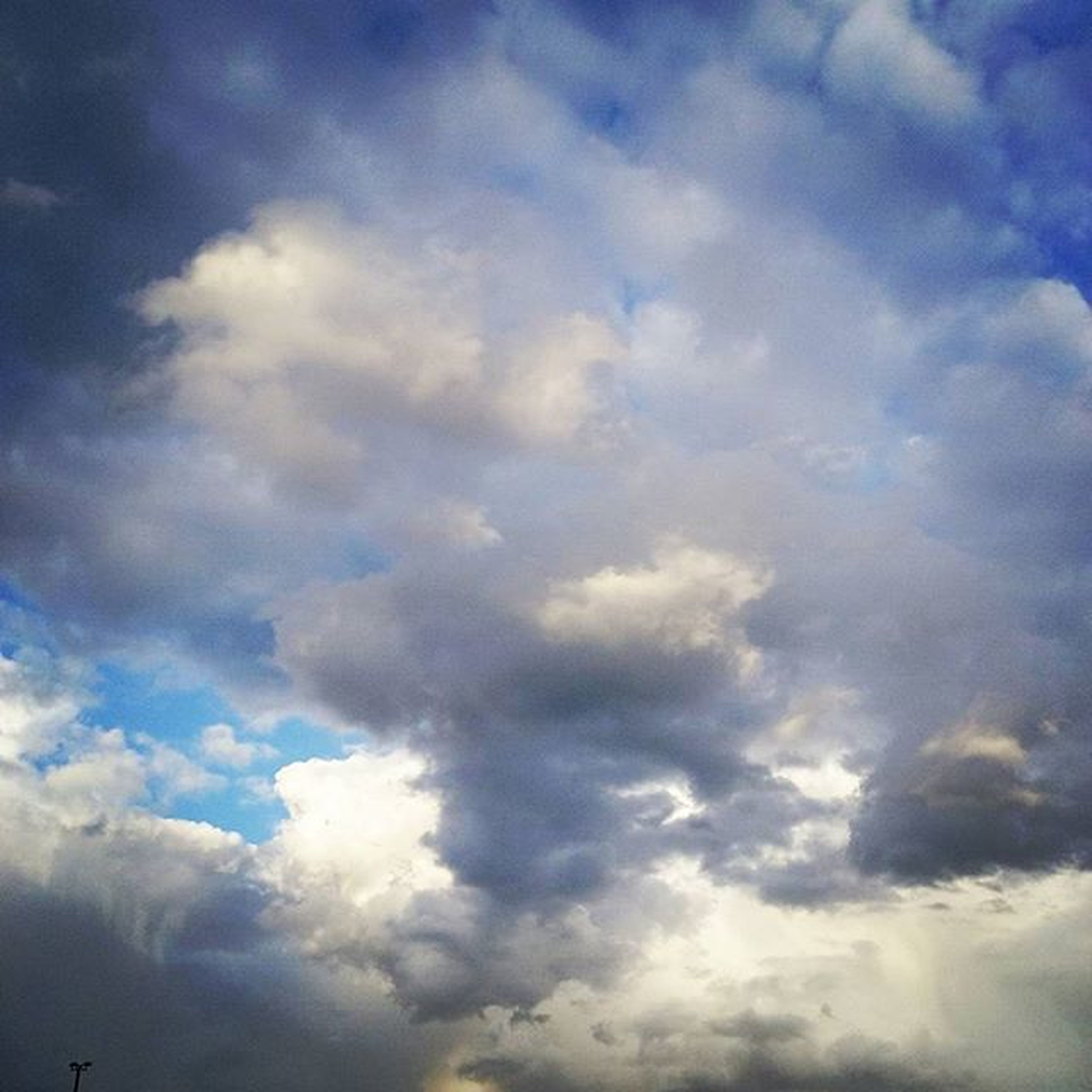 sky, cloud - sky, low angle view, sky only, beauty in nature, cloudy, tranquility, cloudscape, scenics, nature, tranquil scene, backgrounds, cloud, blue, full frame, idyllic, weather, majestic, outdoors, no people