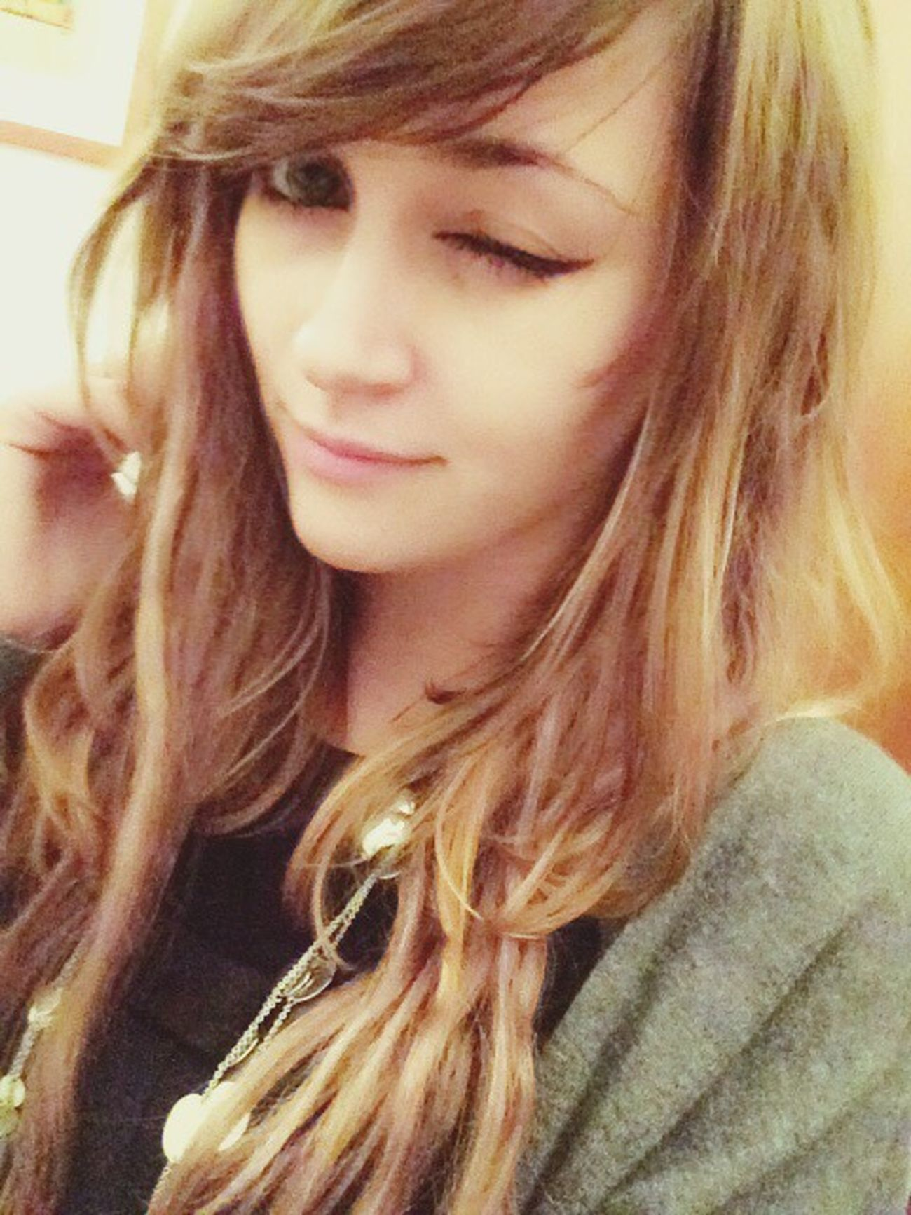 Hi! That's Me Blonde.Crazy.Stupid.Girl Follow Me Greeneyes Blonde Circlelens Girl Happy