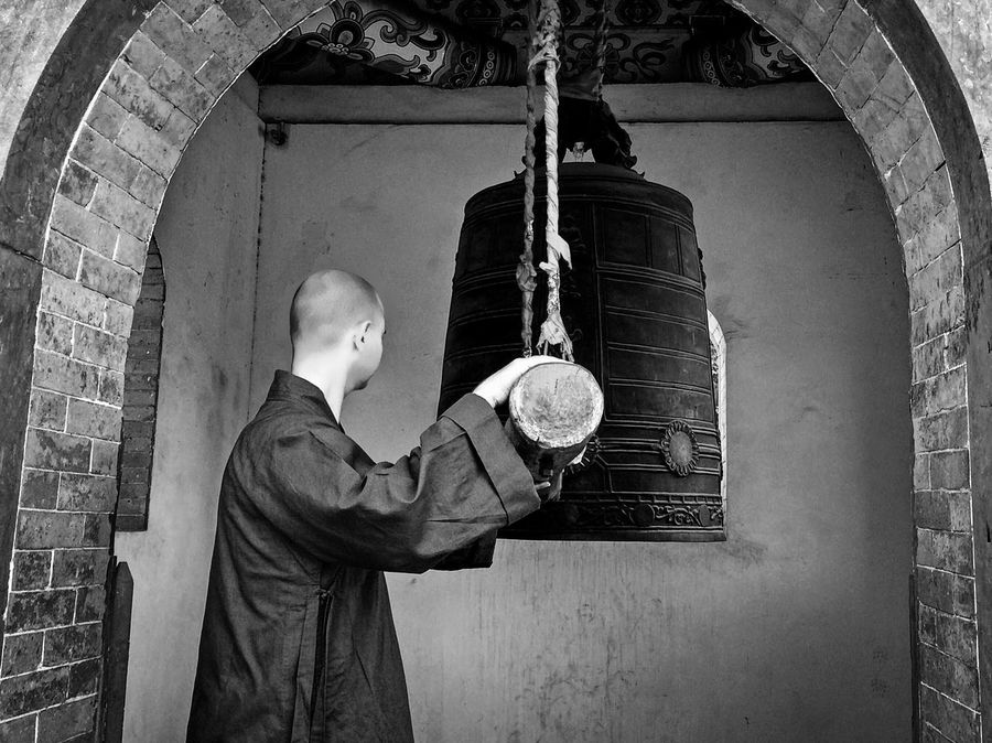 The Master and the bell! Check This Out Hello World Shaolin Chanwuyi Shiyanxiang Shaolin Temple Greece