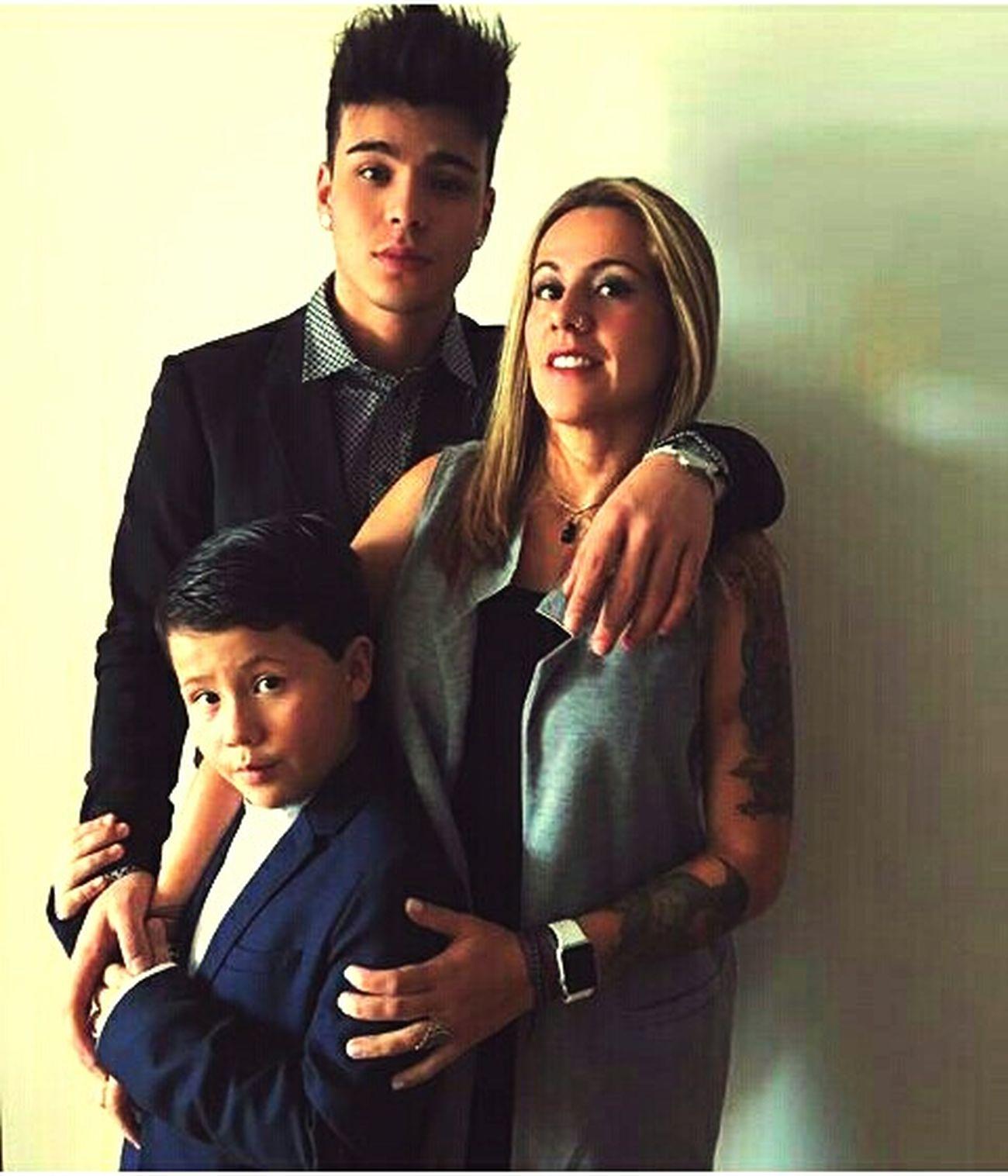 Sebastián Villalobos, Ángel Villalobos y su madre Viviana Villalobos. Sebbbbas First Eyeem Photo