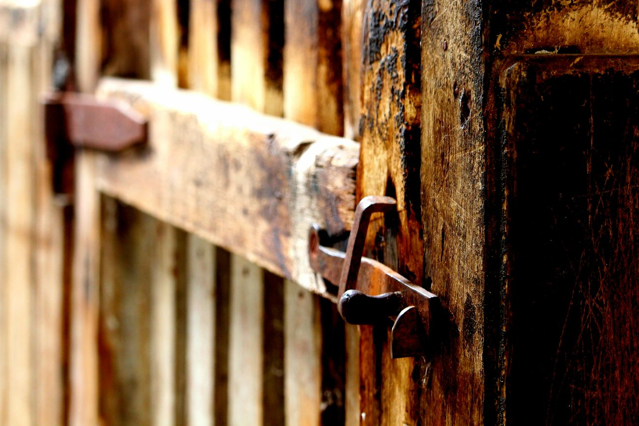 Rusty Latch History Sheep Pen Woolshed Gate The Photojournalist - 2017 EyeEm Awards