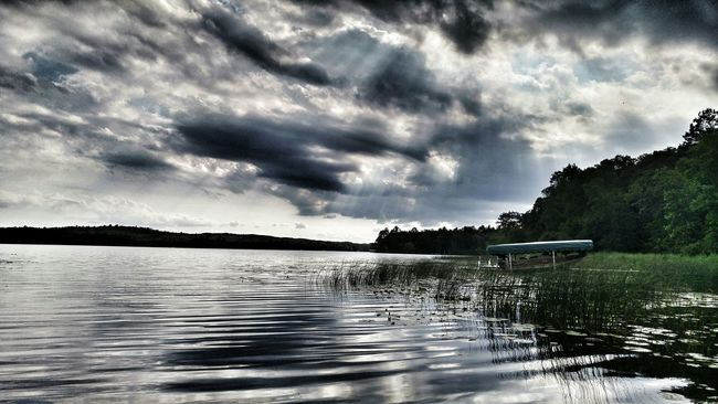 Beautiful Day Peace And Quiet Sunbeam Clouds And Sky Lake Lake Life Minnesotalife Minnesota Lake Reflections In The Water Skies Of Eyeem Minnesotaphotographer