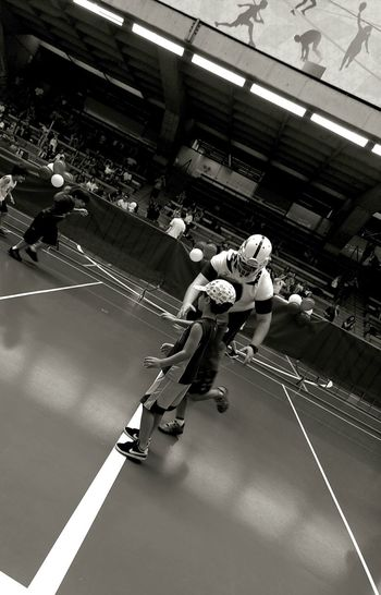 Sport Indoors  Competition Strength Balance Athlete Adult Agility Men Sportsman Flexibility Exercising People Lifestyles Competitive Sport Exercising Black And White Monochrome Photograhy The Week On EyeEm EyeEmBestPics EyeEm Best Shots Monochrome Photography Full Frame Black & WhiteSport Event Black And White Friday