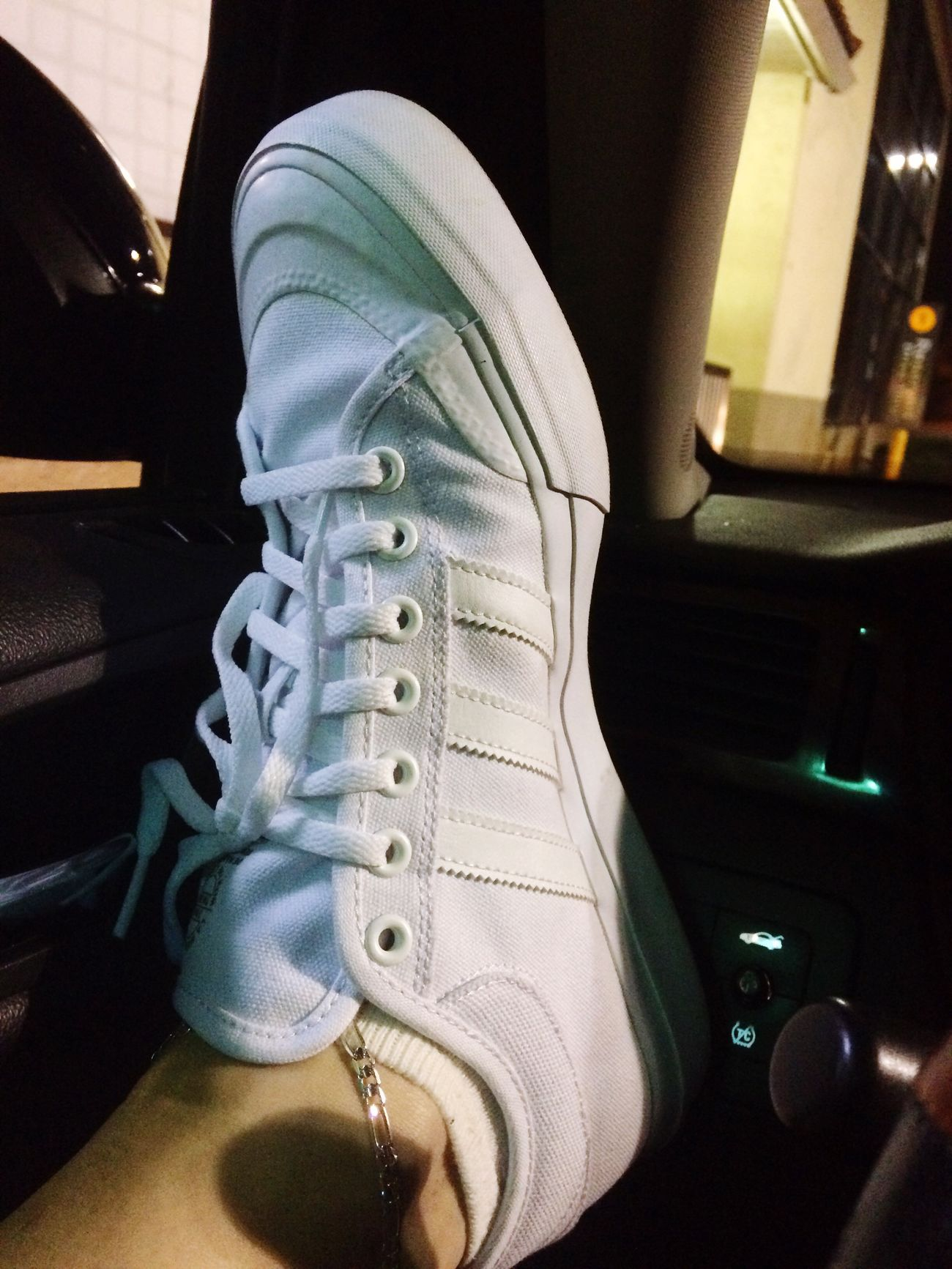 My new kicks- I was waiting for a bit and got bored... Obviously! 😋 Me Adidas My New Shoes Bored Waiting In The Car Waiting For Food Night Pic  All White Love My Adidas