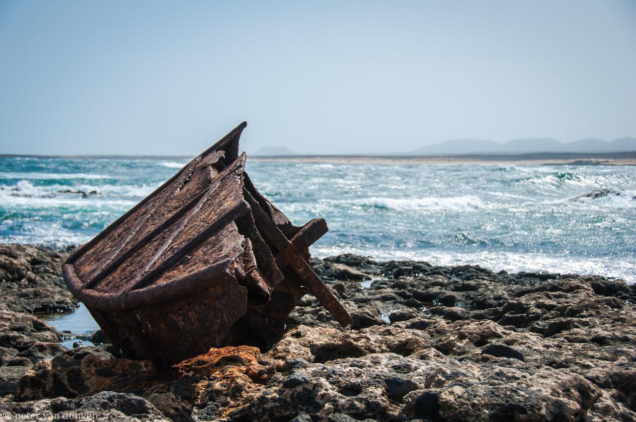 A nice shipwreck Eyem Best Shots Fuerteventura Lava Petervdongen Rusty Salt Sea Sea And Sky Shipwreck Sky SPAIN Steel Ship