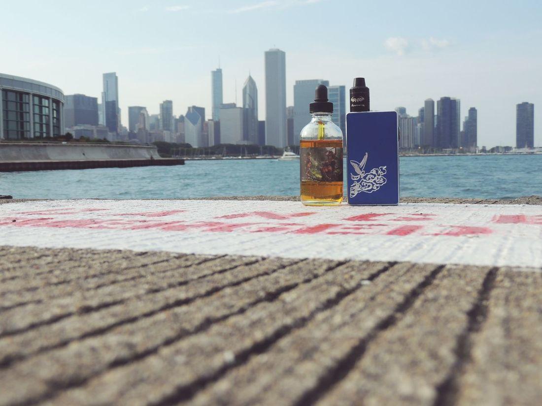 Chicago lifestyle ! Chicago Downtown Chicago City Skyline Lakemichigan VapeLife Vapeporn Girlswhovape Sigeliboxmod Juicy ILoveMyCity #chitown