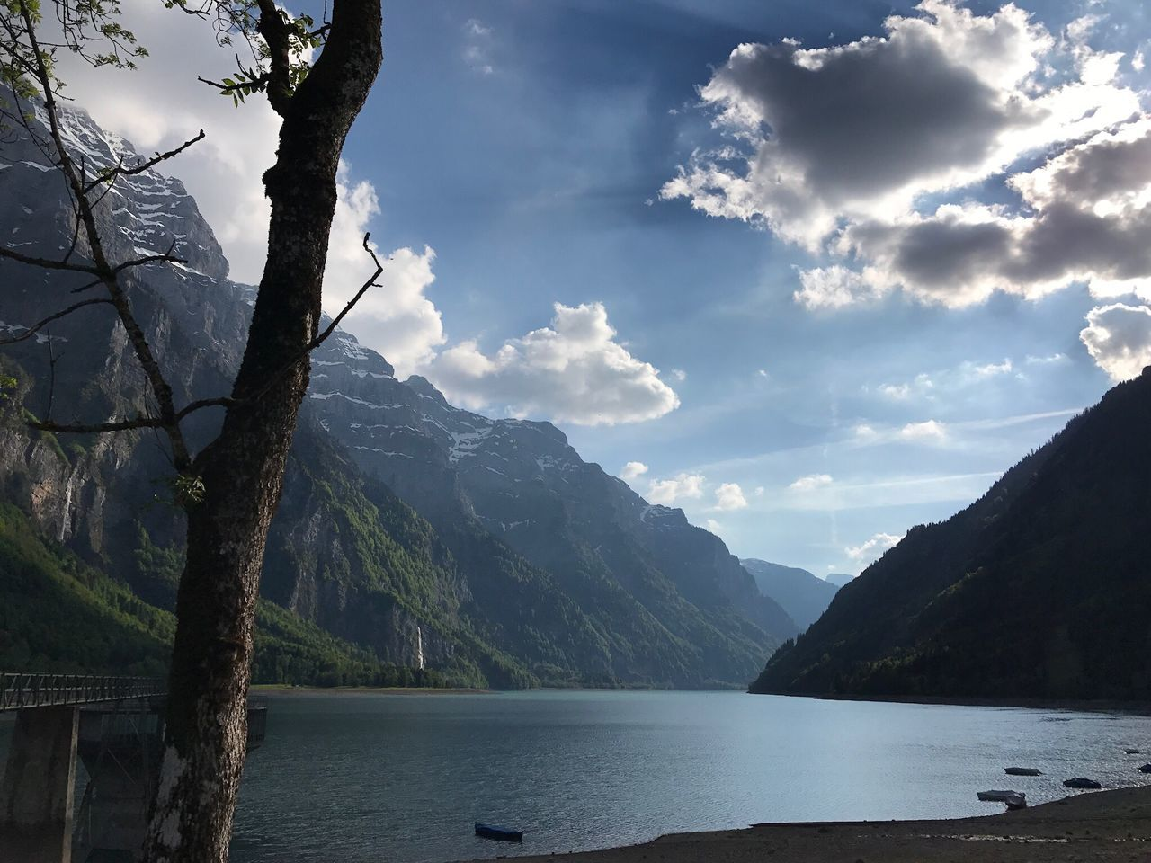 See Mountain Lake Mountain Range Water Scenics Nature Beauty In Nature Tranquil Scene Tranquility No People Sky Outdoors Tree Day Landscape Range Klöntalersee Glarus Switzerland