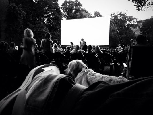 blackandwhite at Freiluftkino Kreuzberg by ansgar