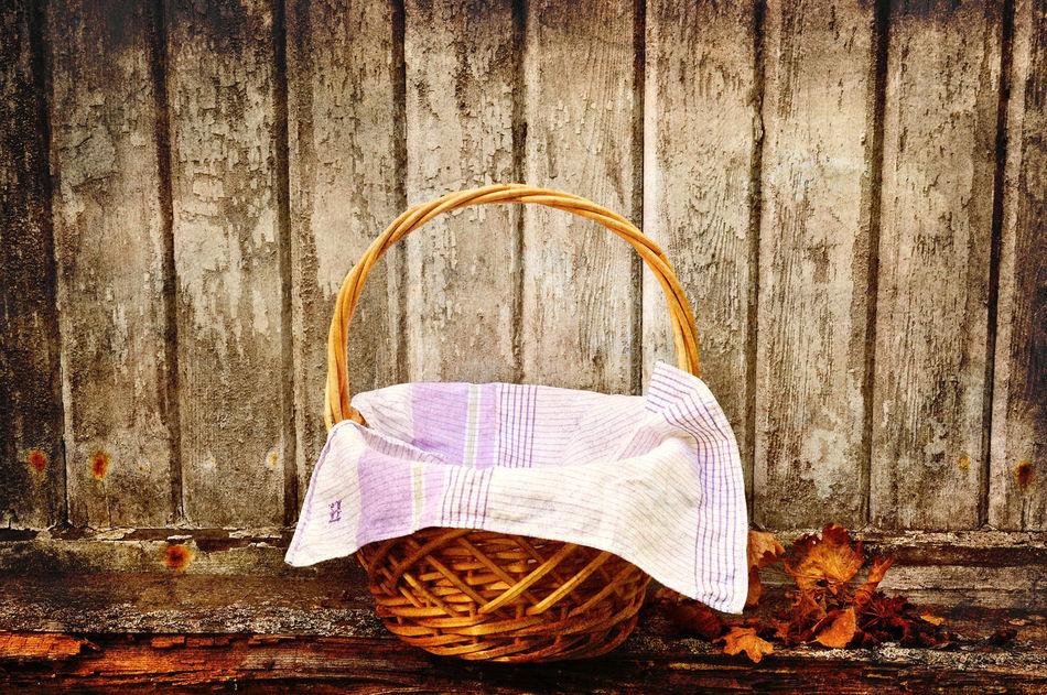 Picknic basket, vintage style. Basket Close-up Day Deterioration No People Old Old Fashioned Outdoors Picknic Basket Picknick Still Life Vintage Wooden